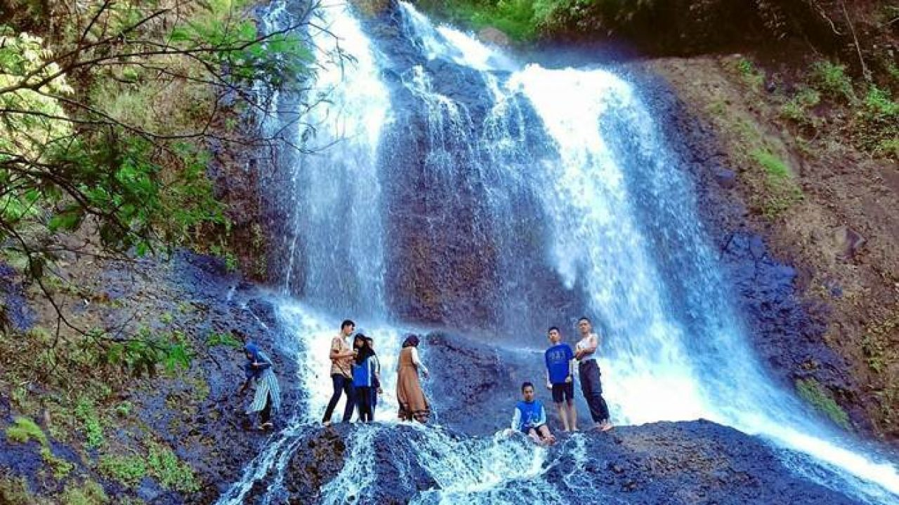 7 Air Terjun (Curug) di Sumedang yang Cantik dan Lagi Hits 7