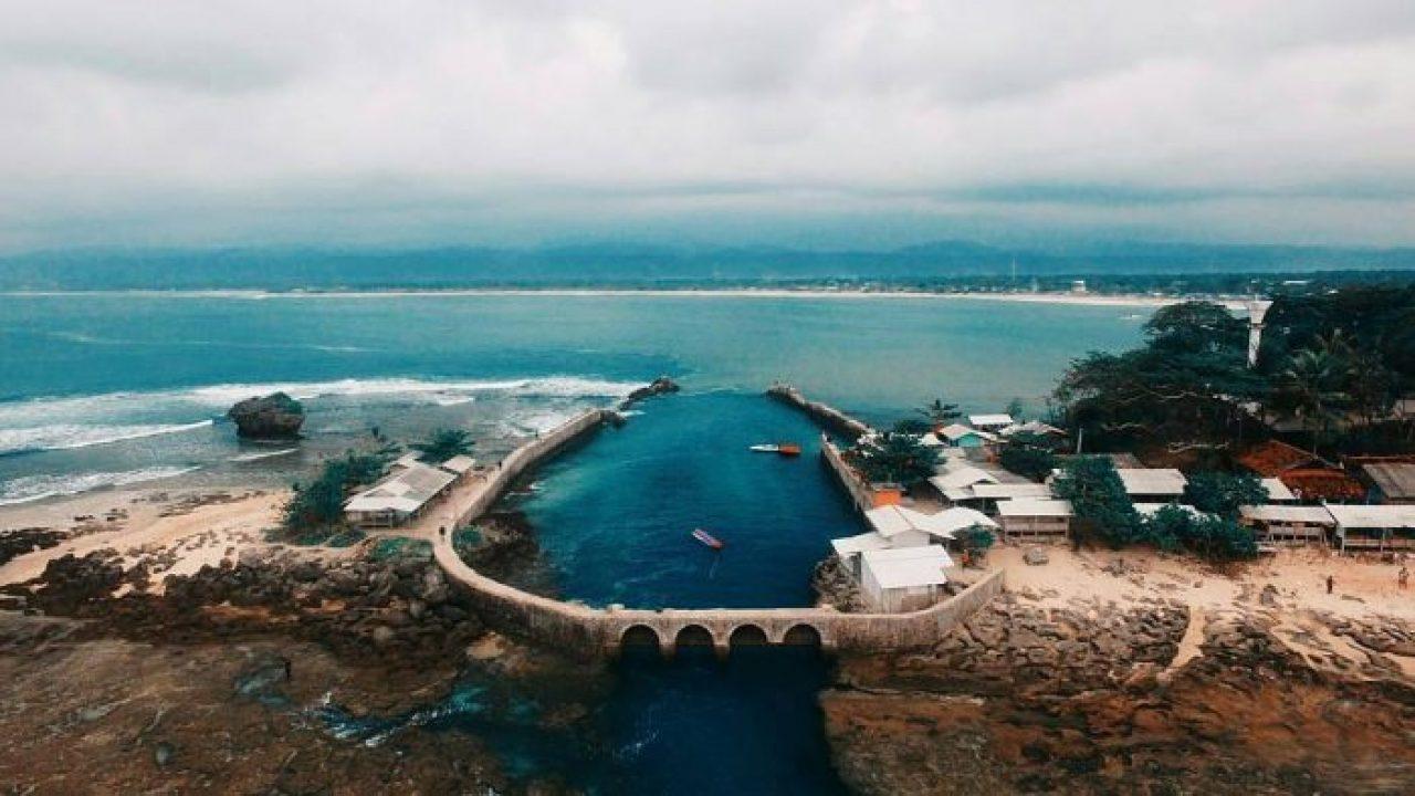9 Wisata Pantai di Garut yang Mudah Dijangkau & Lagi Hits 99