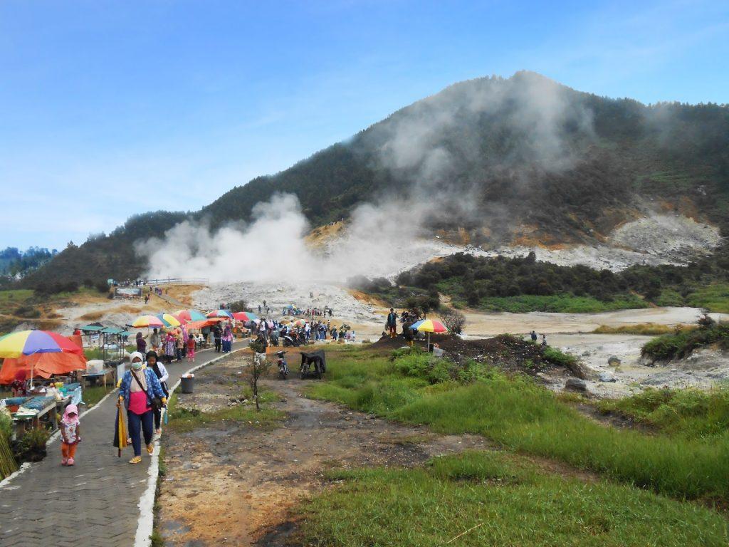 wisata alam jawa tengah terbaik 24 Tempat Wisata Di Banjarnegara Terbaru Yang Lagi Hits 2019